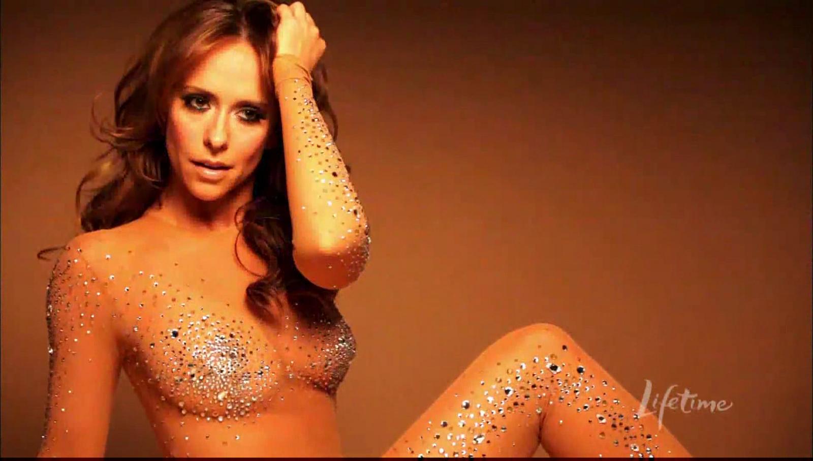 Por fin, la pechugona Jennifer Love Hewitt se desnuda