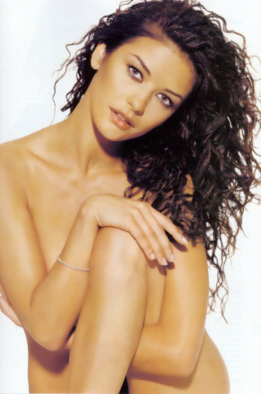 Catherine Zeta-Jones desnuda para celebrar su divorcio