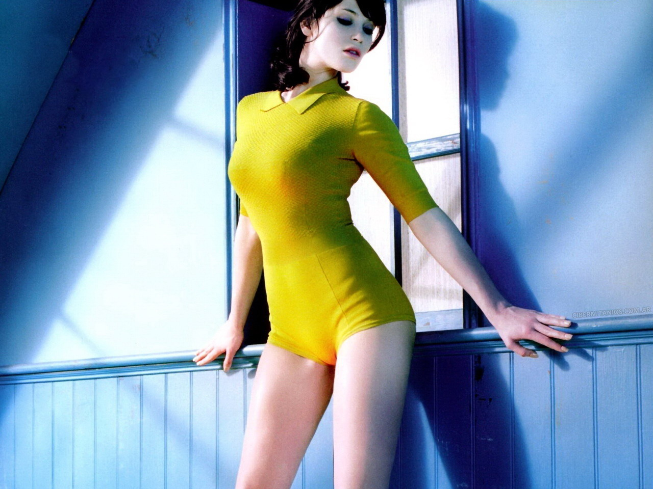 Gemma arterton desnuda uu