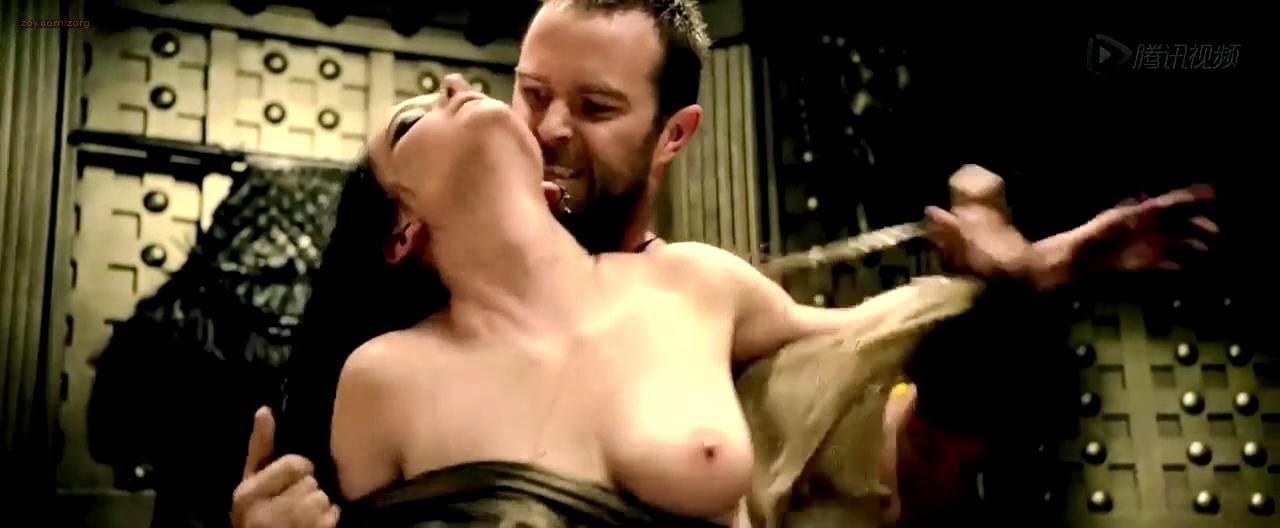 Eva Mendes desnuda integral, toda una MUJER al