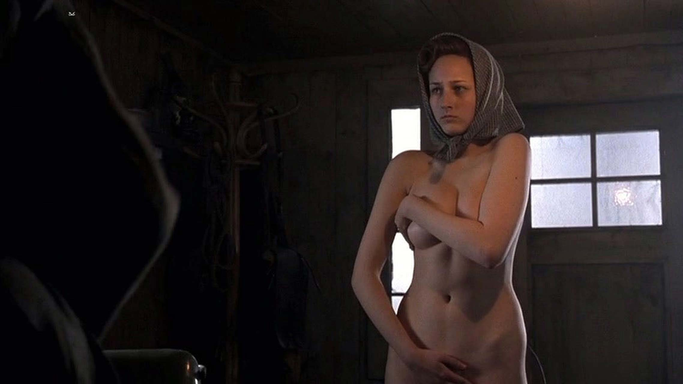 otrivki-iz-filmov-golie-aktrisi-devushka-po-vizovu-gorod-voronezh