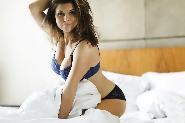 Tiffani Amber Thiessen desnuda, Kelly Kapowski 25 años después de ...