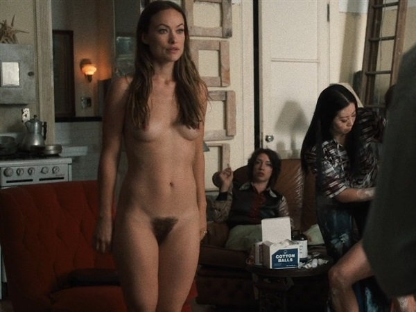 Gal gadot amp isla fisher hot scene - 4 3