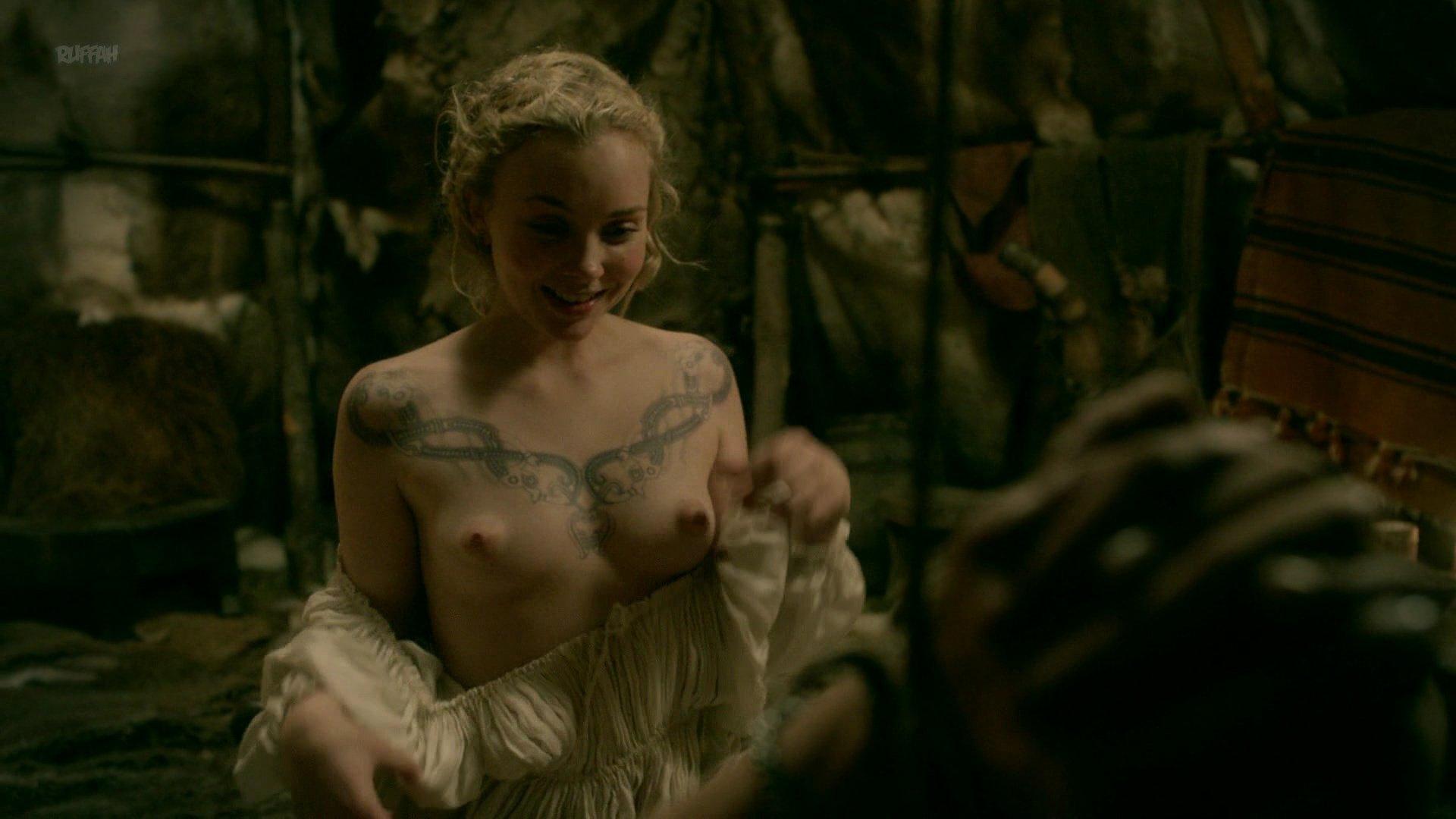 nudist-vikings-tweens-porn-gif