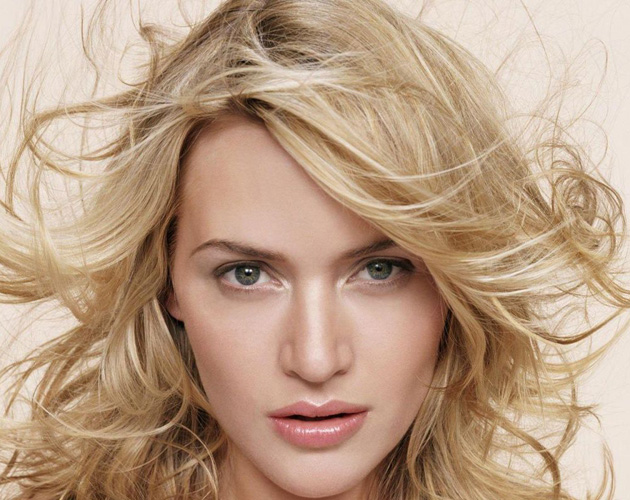 Super Kate Winslet salva ancianas de incendios en islas privadas