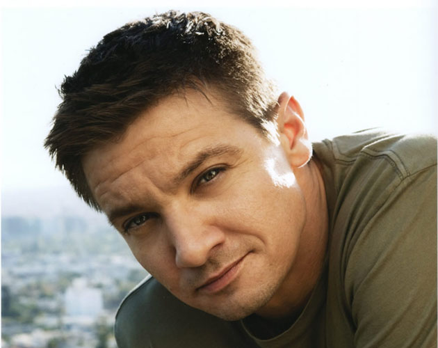 "Jeremy Renner repite como ladrón en ""King of Heists"""