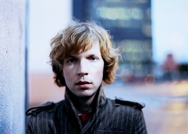 Beck estrena una nueva canción: 'Looking for a sign'