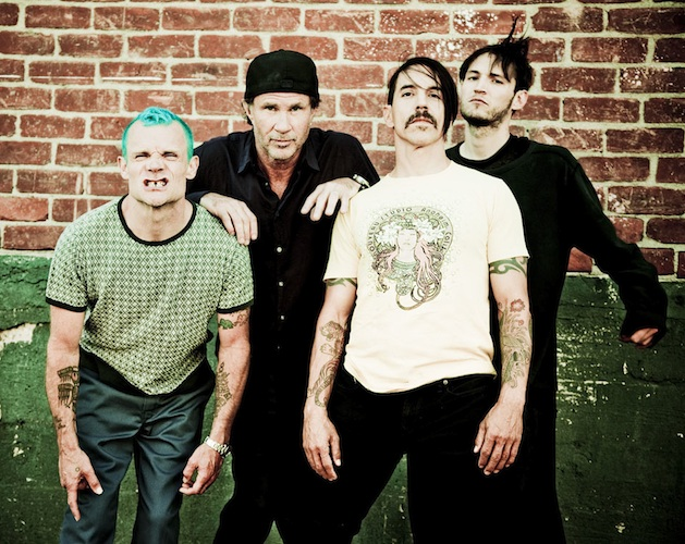 Los Red Hot Chili Peppers regalan un EP en directo