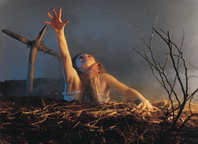 Imagenes cinéfilas - Página 3 Evil-dead-poster2