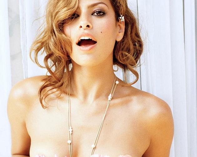 Ver a Eva Mendes desnuda se ha ido convirtiendo en algo más habitual ...