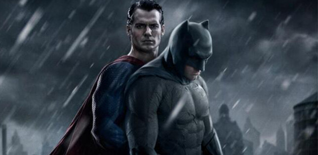 Parodias de la foto de Superman en 'Batman v Superman'