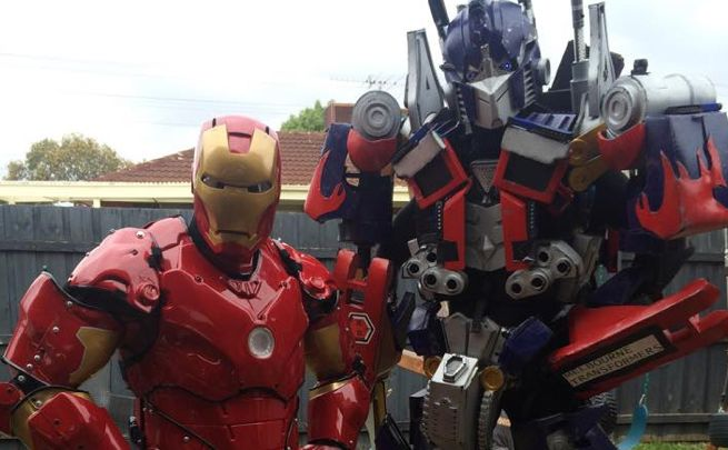 Video viral del duelo de baile entre Iron Man y Optimus Prime
