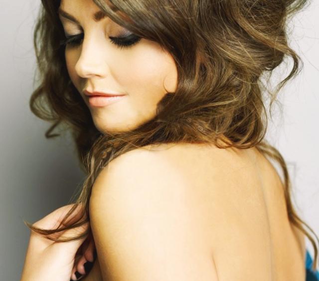 Jenna Coleman Desnuda Topless De La Companion De Doctor Who