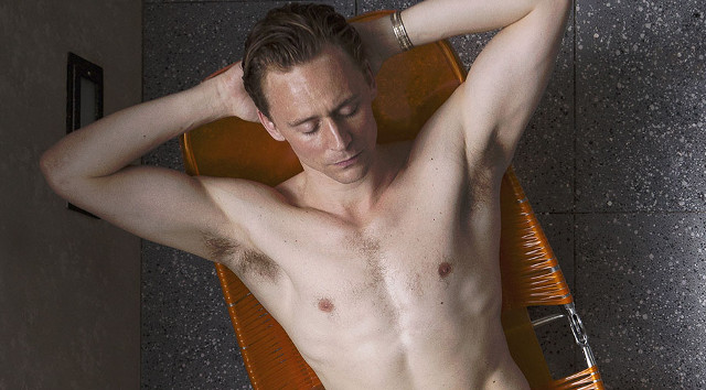 Tom Hiddleston desnudo en High-Rise