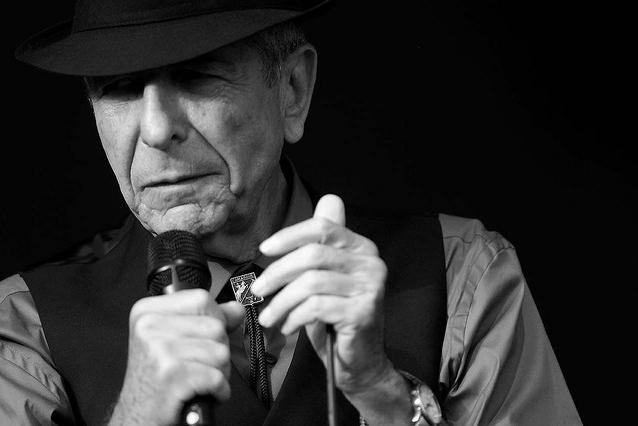 Leonard Cohen ha muerto, adiós a un poeta