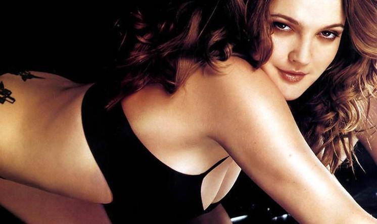 Drew Barrymore Desnuda Para Santa Clarita Diet Cultture