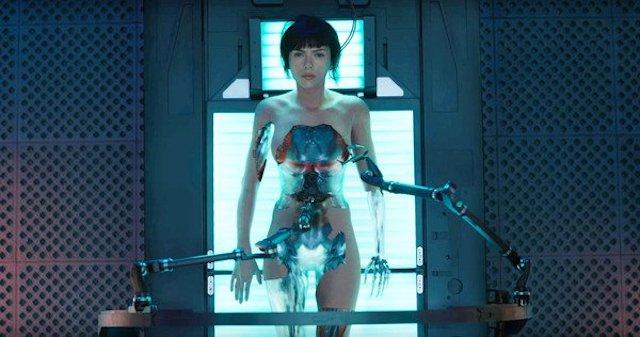 Androides desnudas: los cinco robots más sexys del cine