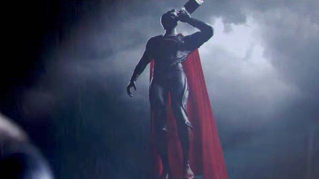 La impresionante pelea entre Batman V Superman BORRACHO