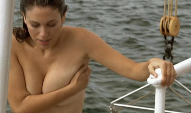 Blanca Suarez desnuda, una chica normal… O NO