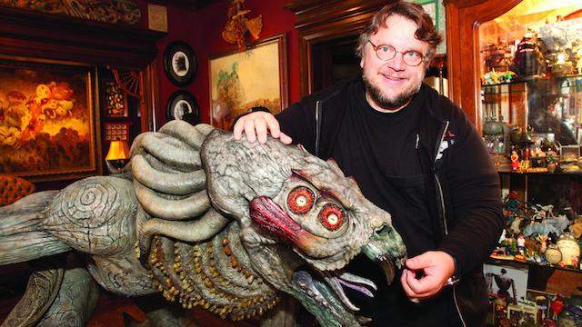 Guillermo del Toro podría volver a Liga de la Justicia Oscura