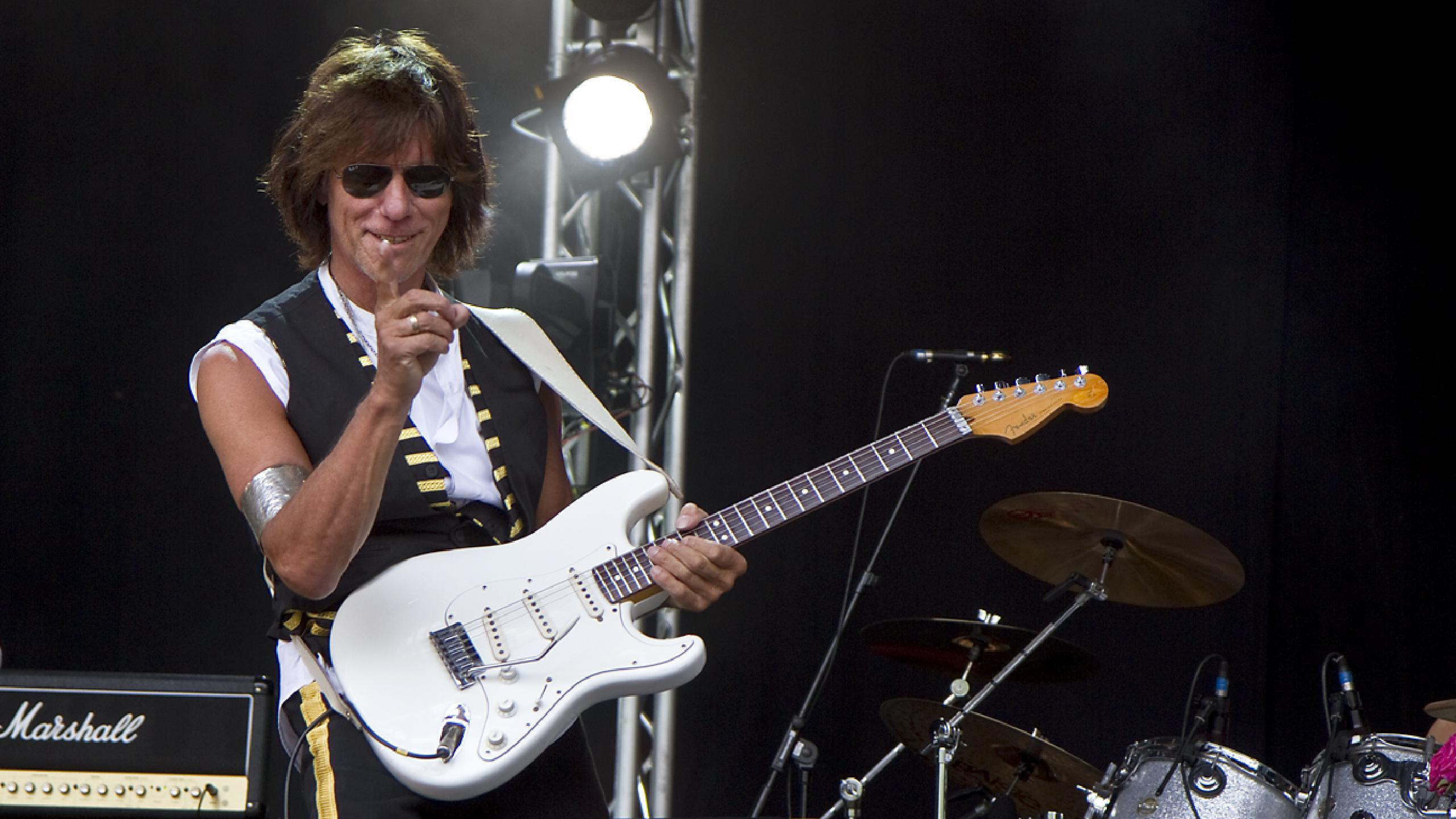 Jeff Beck llegará con un Dream Team al BBK Legends